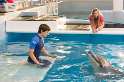 Nathan Gamble and Cozi Zuehlsdorff star in 'Dolphin Tale 2'